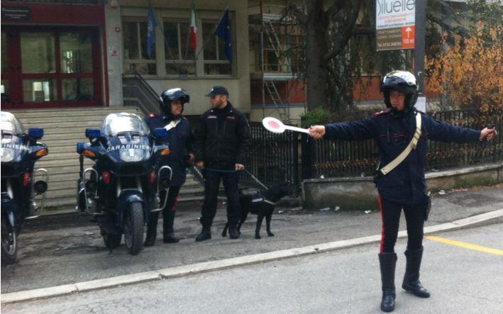 controlli carabinieri antidroga2