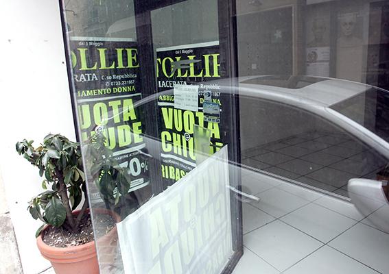 Follie (1)