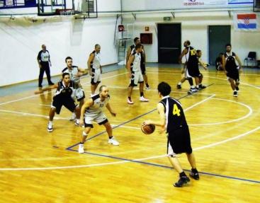 azione basket prima squadra