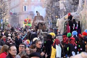 Il corteo dei carri allegorici del 2012