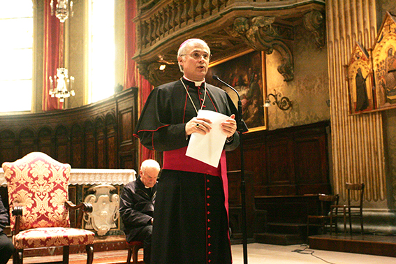 Il saluto di monsignor Giuliodori