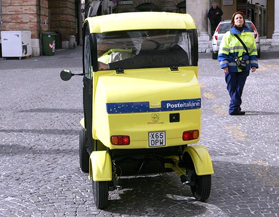 mezzi_poste_italiane (3)